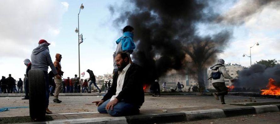 Las autoridades palestinas convocaron a una huelga general en protesta por la declaración...