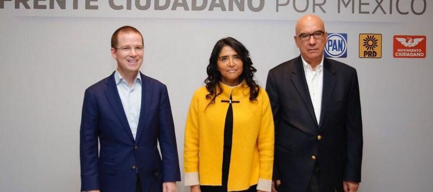 La alianza de partidos competirá contra el gobernante Partido Revolucionario Institucional...