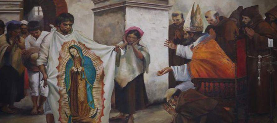 En el lienzo de nuestra Señora de Guadalupe se encuentran sintetizados los símbolos...
