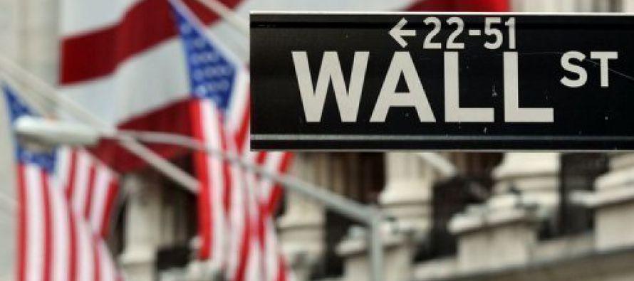 Los precios al productor en Estados Unidos subieron en noviembre por un alza de las gasolinas y...