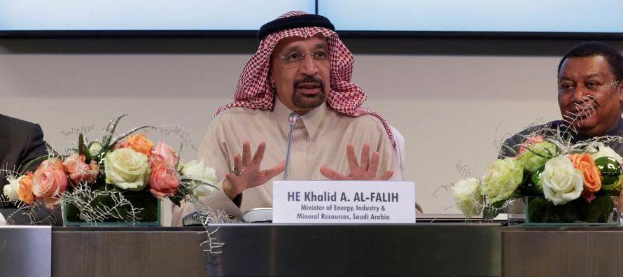 Los precios del petróleo se están negociando en alrededor de 64 dólares el...