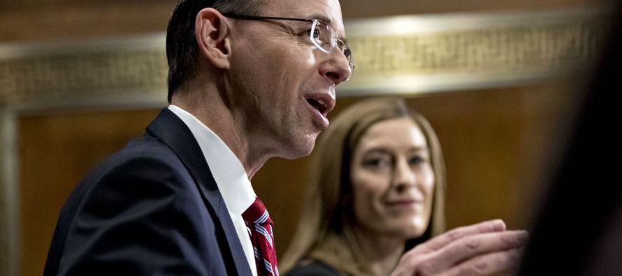 El fiscal replicaba así las críticas por parte de los legisladores republicanos por...