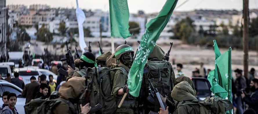 Desde entonces, cuatro palestinos han muerto en el enclave bajo bloqueo, dos de ellos en...