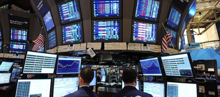El sector de consumo masivo fue el de mejor desempeño de los 11 del S&P, con un alza del...