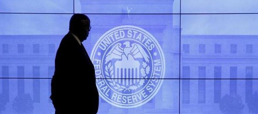 Wall Street extendió sus ganancias tras el comunicado, mientras que los rendimientos de los...