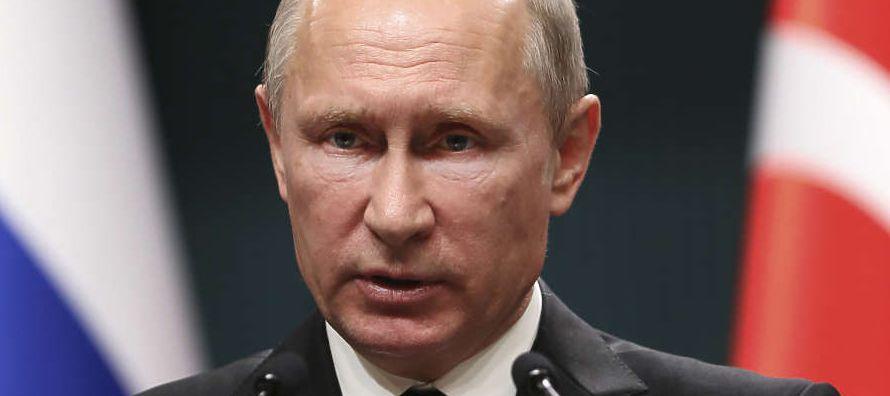 Preguntado sobre su valoración de la labor de Trump al frente de la Casa Blanca, Putin...