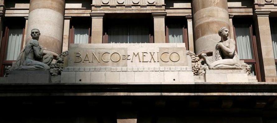 La inflación a tasa interanual de México se aceleró más de lo previsto...