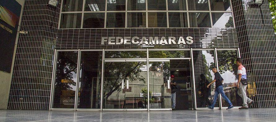 La patronal recuerda que Venezuela entró en recesión en el primer trimestre de 2014,...