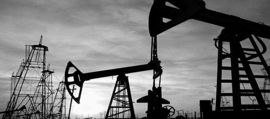 Los precios siguen apuntalados por un cierre del oleoducto Forties, en el Mar del Norte, que se...