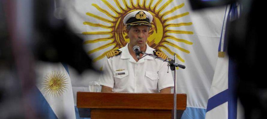 En el área de búsqueda se encuentran el destructor argentino ARA La Argentina y los...