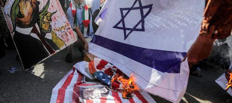 Las quemas de banderas israelíes han puesto de relieve un problema acerca del cual el...