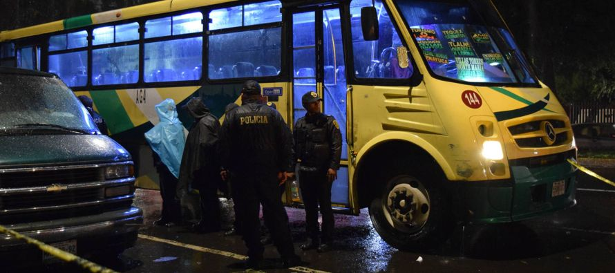En el rubro de robos violentos en carreteras, se aprecia un aumento importante en los asaltos a...