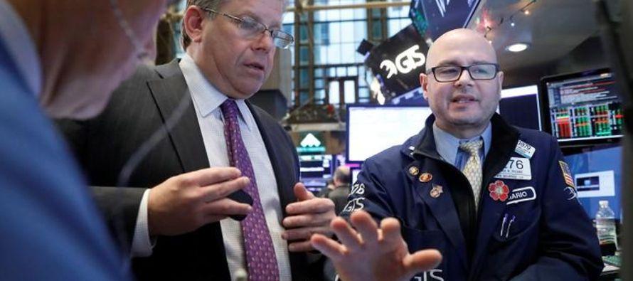 El S&P 500 ha escalado alrededor de un 5 por ciento desde mediados de noviembre, cuando la...