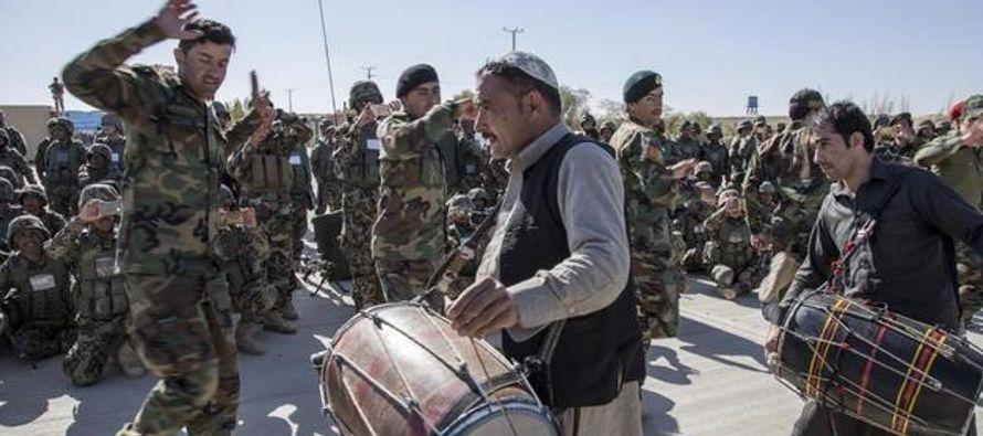 """Estoy muy orgulloso de todos mis hombres"""", explica el general Wali Mohammad Ahmadzai,..."""