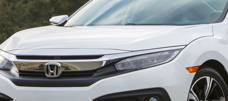 El RDX es un todocaminos SUV compacto que Acura considera el punto de entrada para la marca y que...