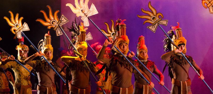 El espectáculo está dividido en tres partes que conjugan las tradiciones...