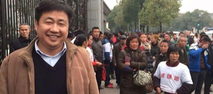 El abogado de 45 años, uno de los muchos que desde 2015 han sido víctimas de la...