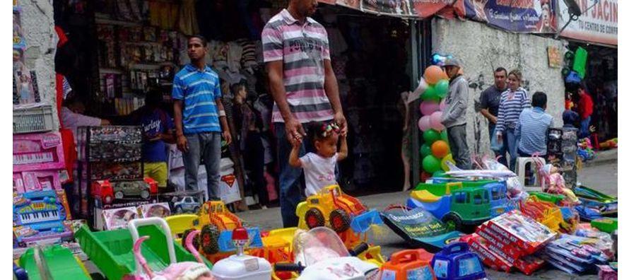 Todos esos productos se venden hoy a precios prohibitivos para los venezolanos por culpa de la...