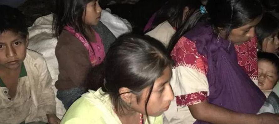 - Los más de 5,000 desplazados de Chalchihuitán, en el estado sureño de...