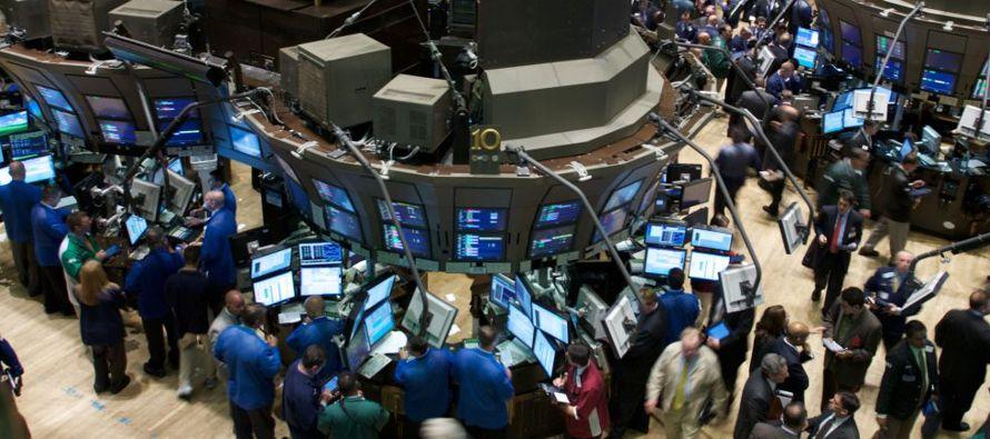 Faltan dos sesiones para que Wall Street cierre sus operaciones de este año, y no parece que...