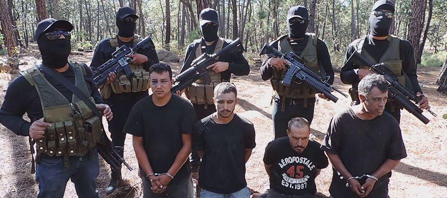 El acusado portaba un documento expedido por Bolivia y en el que se identificaba como ciudadano...