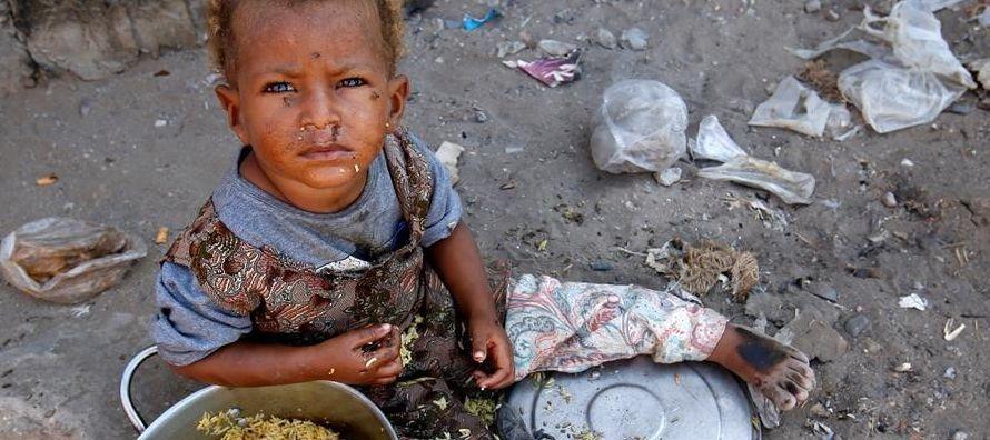 Los menores son víctimas de grupos armados rebeldes, de prácticas ilegales de ciertos...