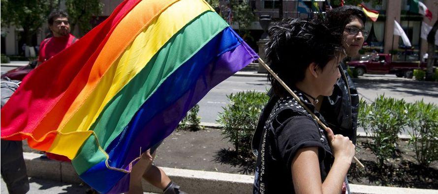 Para las lesbianas aún no es posible vivir su elección sexual y afectiva sin...