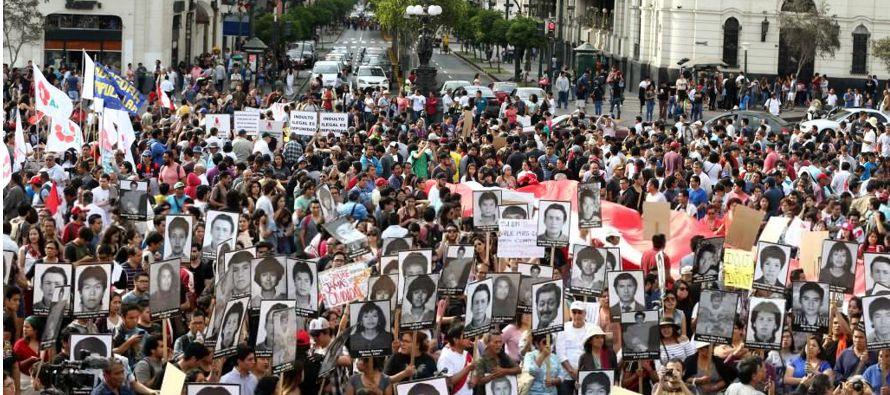Segundo momento: el indulto a Fujimori, dictado en medio de las celebraciones navideñas....