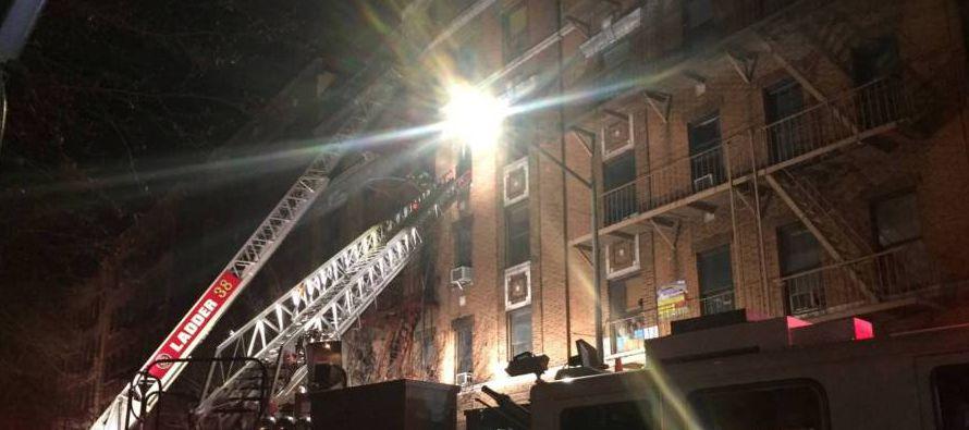 El incendio se registró en el distrito de El Bronx, con fuerte presencia latina. Al menos...
