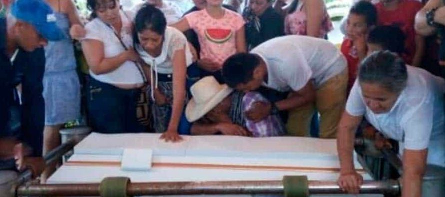 Samuel Romero, padre de los dos menores, aseguró hoy que halló en la madrugada del 23...