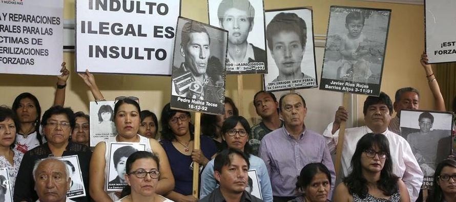 Los manifestantes pidieron anular la resolución para que Fujimori vuelva a prisión y...