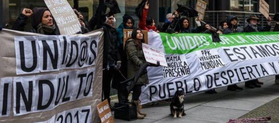 Asimismo, dimitió Katherine Valenzuela, encargada del Programa de Reparaciones...