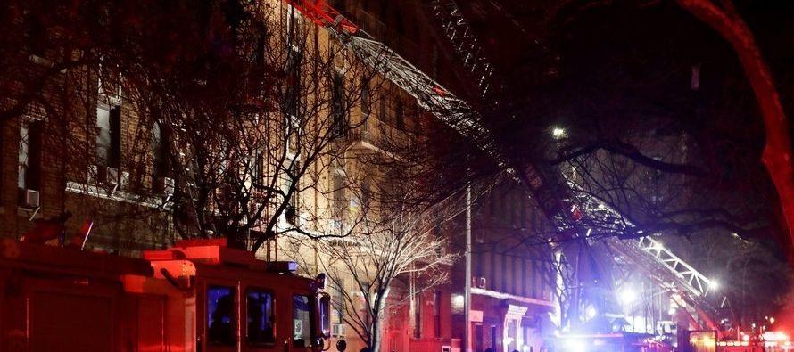 Además de este caso, el cuerpo de bomberos informó de otro fuego que afectó a...