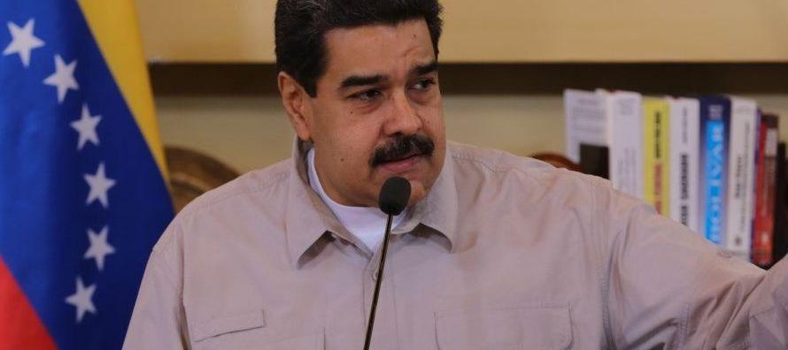 """Según Maduro, Borges lleva un mes fuera del país """"conspirando para que nadie le..."""