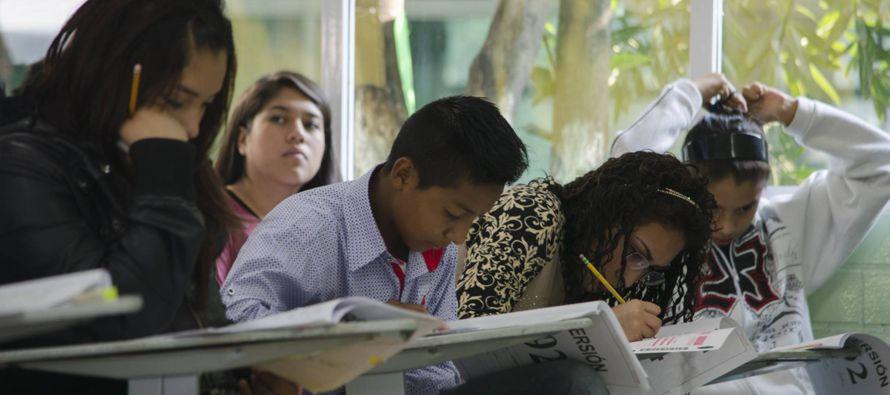 Detrás del abandono escolar es recurrente esta ecuación: a mayores problemas...