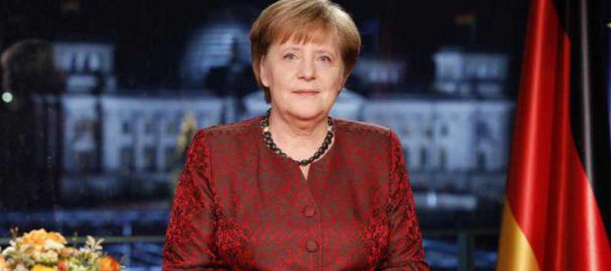 """Para unos, indicó, Alemania es un """"país maravilloso donde se viven los valores..."""