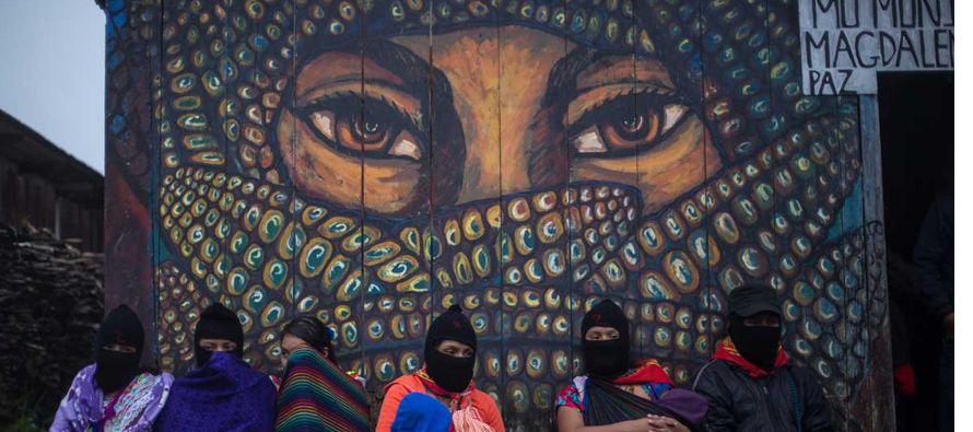 Después de 10 días de enfrentamientos y escaramuzas del EZLN con militares, que...