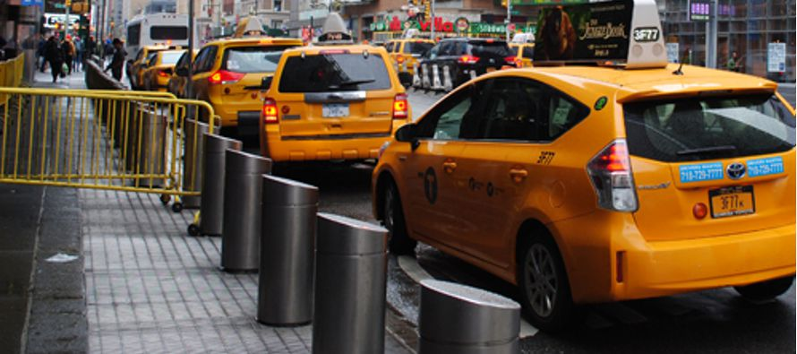 El alcalde de Nueva York, Bill de Blasio, anunció hoy que la ciudad invertirá 50...
