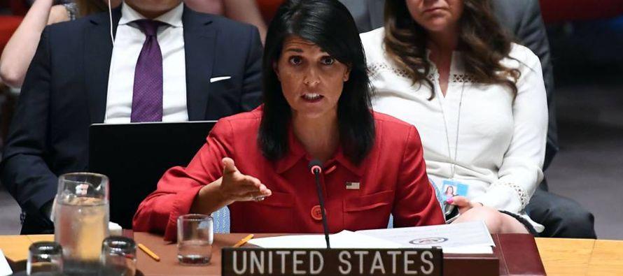 La embajadora también se refirió a los primeros tanteos que están surgiendo...