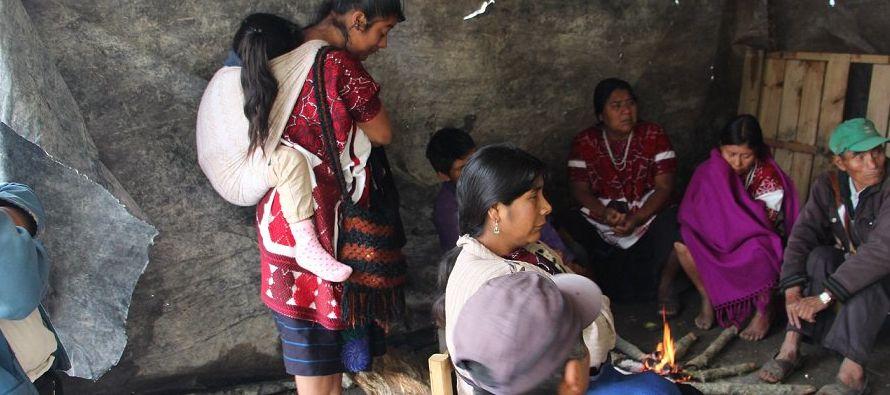 Aunque la zona no ha sido pacificada, el Gobierno municipal de Chalchihuitán emitió...