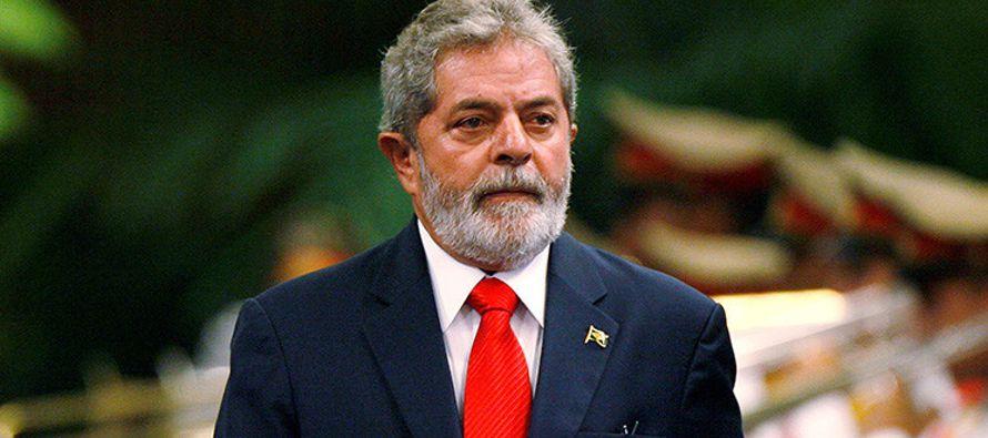 """Los abogados sostienen que Moro dirigió a Lula """"preguntas extrañas al..."""