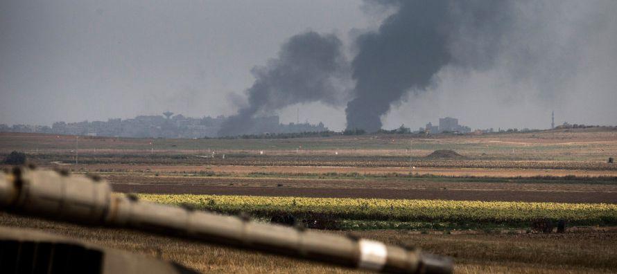 Milicianos palestinos lanzaron ayer tres misiles desde el enclave contra las comunidades del sur de...