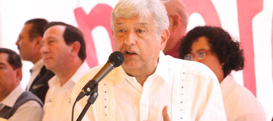 El dirigente, precandidato del Movimiento de Regeneración Nacional (Morena), que encabeza,...