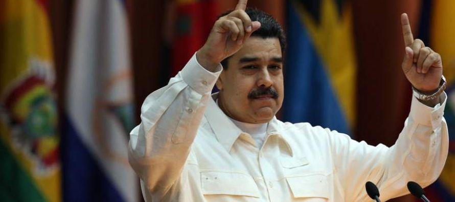 """""""Esta acción subraya la determinación de EU de responsabilizar a Maduro y a..."""