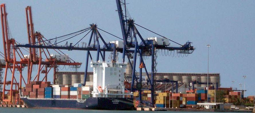 El comercio total entre México y Estados Unidos alcanzó una cifra histórica de...