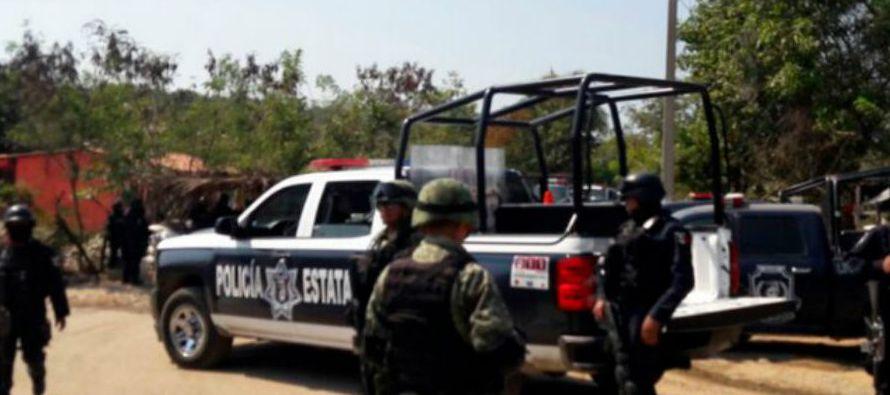 El vocero de seguridad de Guerrero, Roberto Álvarez Heredia, indicó que unos 120...