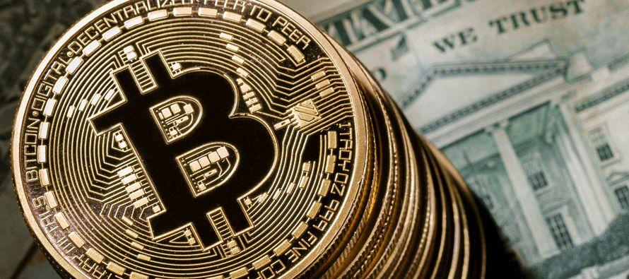 El bitcóin, que llegó a cotizar a 20,000 dólares en los últimos meses,...