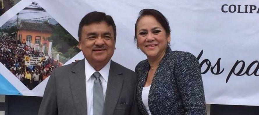 Abogado laborista, Molina Dorantes fue un destacado miembro del PRD, partido por el cual fue dos...