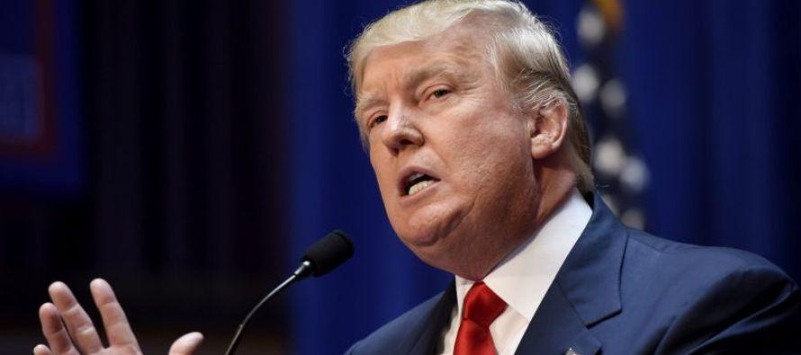 """""""Quiero que vengan de todas partes, de todas partes"""", dijo Trump al comienzo de una..."""