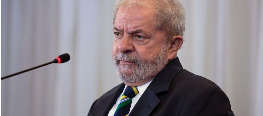 Suele decirse que en Brasil es difícil adivinar el tiempo que va a hacer porque, en los...